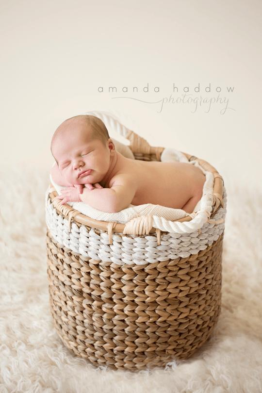 Al-Ain-Dubai-Newborn-Baby-Photographer-3